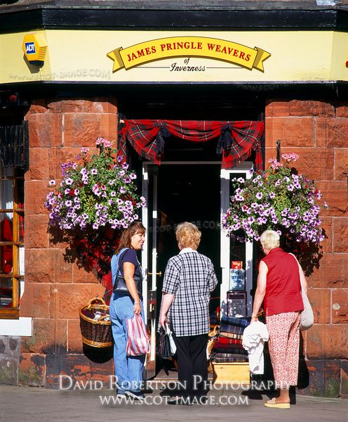 Image - James Pringle Weavers shop, Callander, Scotland