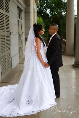 Wedding Couple portrait at the Mairie