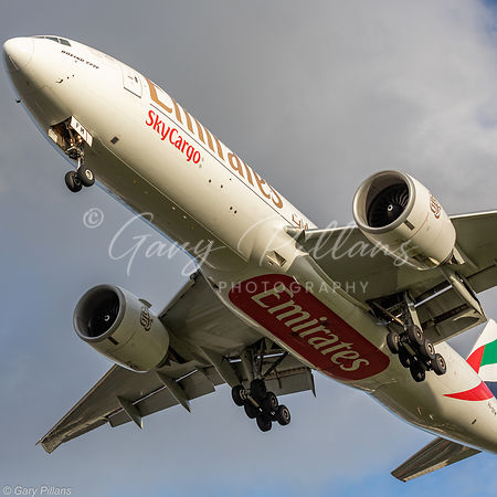 Emirates Skycargo Boeing 777 A6-EFM landing London Heathrow