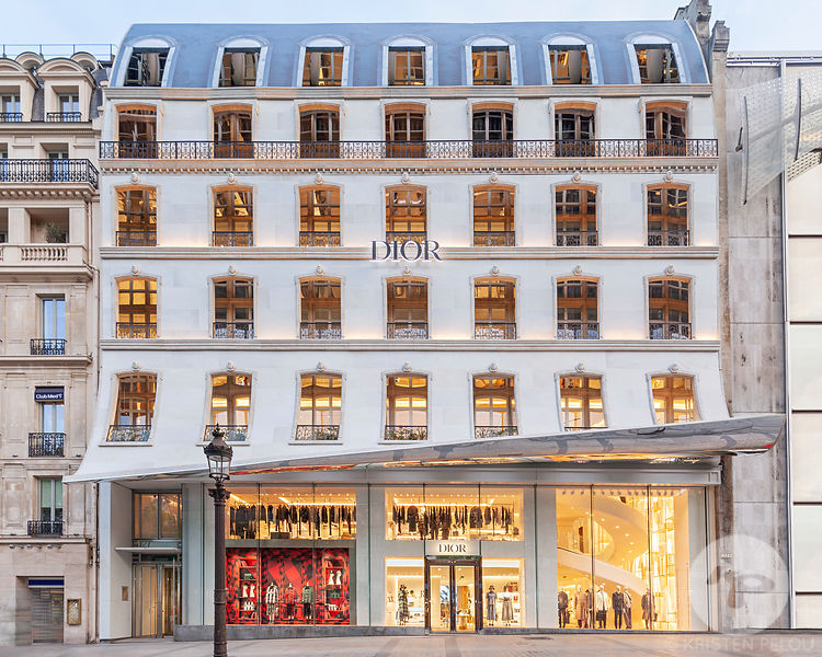 Retail architecture photographer Paris - DIOR FLAGSHIP STORE CHAMPS ELYSEES PARIS
