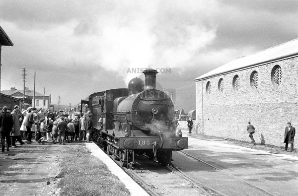 PHOTOS OF RAILWAYS and TRAINS in  IRELAND