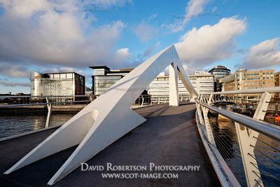 Image - The Tradeston Bridge (Squiggly Bridge), Glasgow