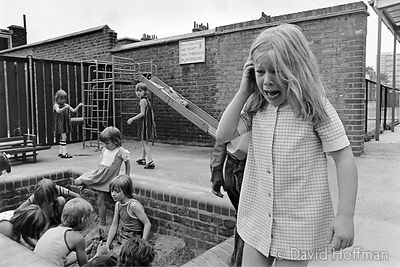 Summer playscheme at Cayley School, Stepney 1976. © David Hoffman phone +44 (0)20 8981 5041, fax +44 (0)20 8980 2041, email l...