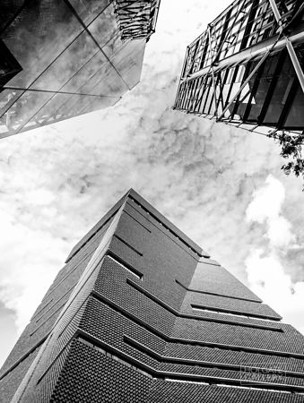 Looking up at London #1 (mono)