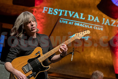 Mike STERN / Dave WECKL Band - Festival da Jazz