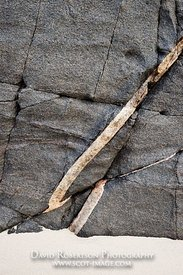 Image - Vein, rock patterns, geology