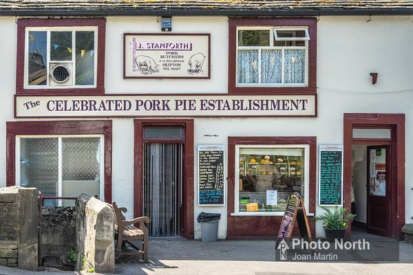 SKIPTON 50A - The Celebrated Pork Pie Establishment