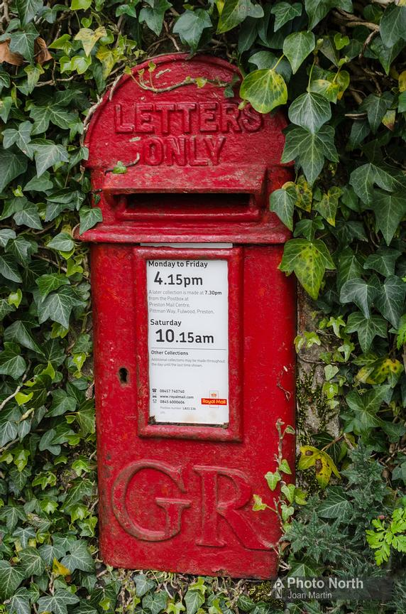 CARTMEL 39A - George V postbox