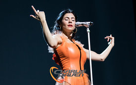 Marina performing in Bournemouth