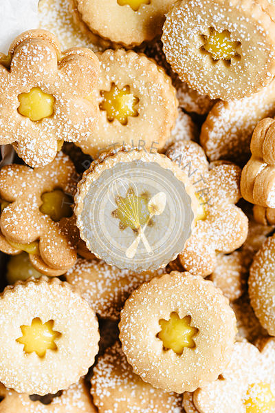 Closeup shot of easter linzer cookies