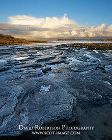 Image - Rocky beach at Castletown, Caithness, Scotland