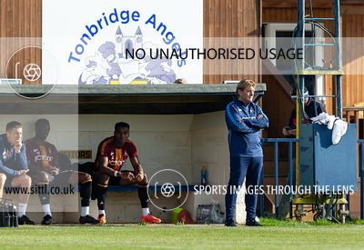 Tonbridge Angels v Bradford City