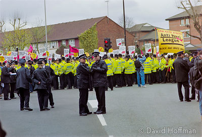 01040702-13A Police and Anti-Racist Protest