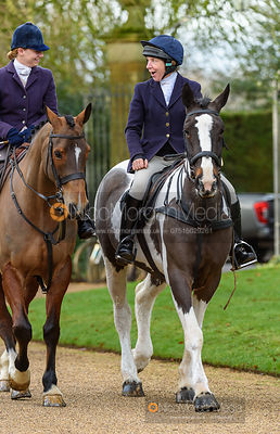 Kat Robinson, Clare Bell at the meet. The Cottesmore Hunt at Pickwell 31/12