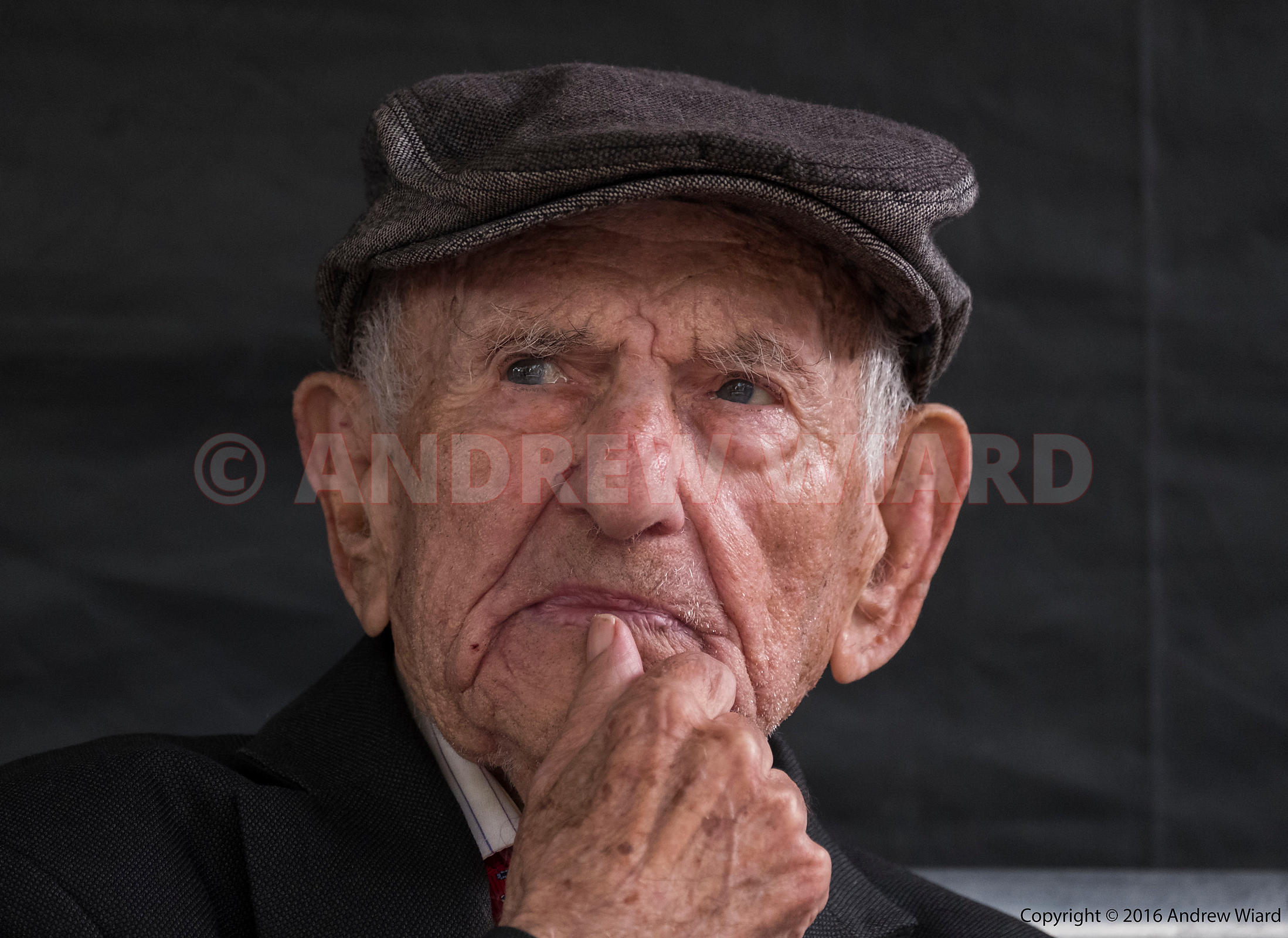 England, UK . 9.10.2016. London . 80th Anniversary of the Battle of Cable Street, Sunday 4 October 1936. Max Levitas, 101 yea...