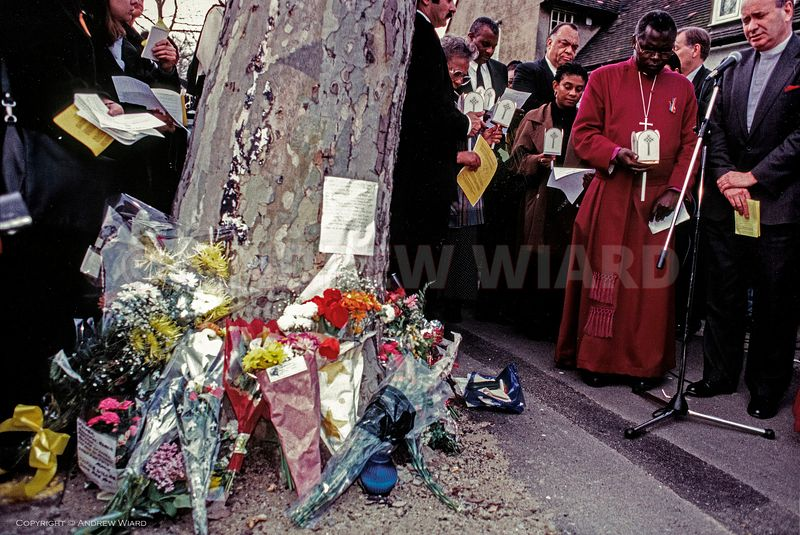 England, UK. 22.4.1998. London . Well Hall Road, Eltham. Doreen Lawrence on the 5th anniversary of the murder of her son Step...