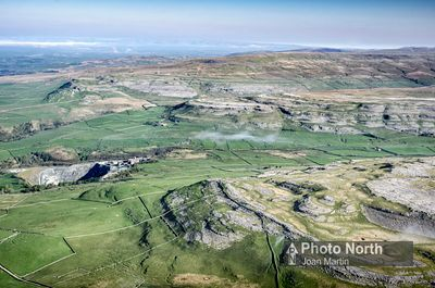 INGLETON 32A - Aerial view of White, Twistleton, and Keld Head Scars