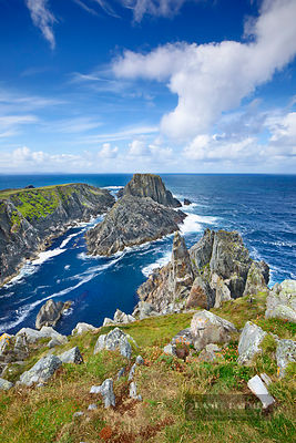 Cliff landscape at Malin Head - Europe, Ireland, Donegal, Inishowen, Malin Head - digital