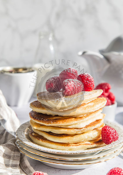 Ricotta pancakes with rasberries