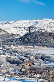 Image - Stirling cityscape in winter, Wallace Monument, snow