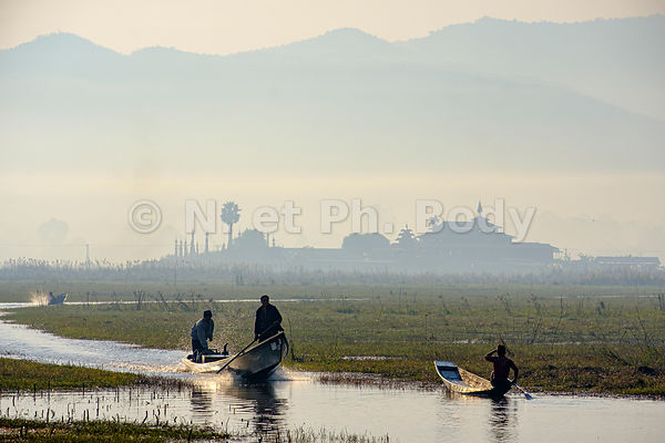 BIRMANIE, LAC INLE // BURMA, INLE LAKE