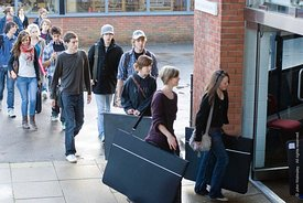 #029137,  Prospective students arriving for 'Portfolio Day' at the University for the Creative Arts, Farnham.