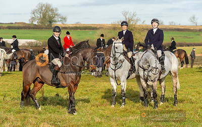 Alex Tordoff, Tiny Clapham, Meghan Healy at the meet - The Cottesmore Hunt at Owston 19/11