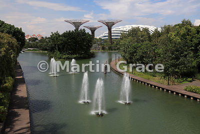 Fountains, Nibong Island, Silver Garden and Flower Dome from Dragonfly Bridge, Gardens By The Bay, Singapore, Southeast Asia