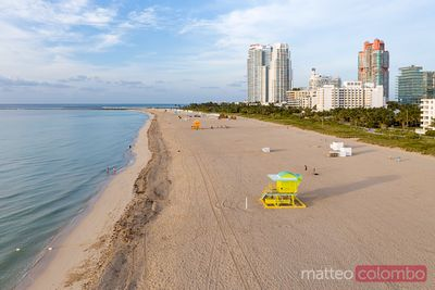 Aerial view of lifeguard cabin and South beach, Miami, USA