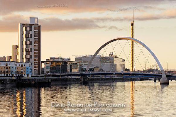 Image - The Clyde Arc Bridge (squinty bridge) and the Glasgow Tower, Glasgow