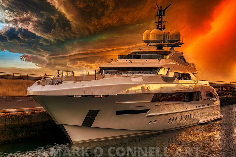 superyacht,illusion,heesen,dutch,storm,sunset,tenerife,Omega Architects,Bannenberg & Rowell