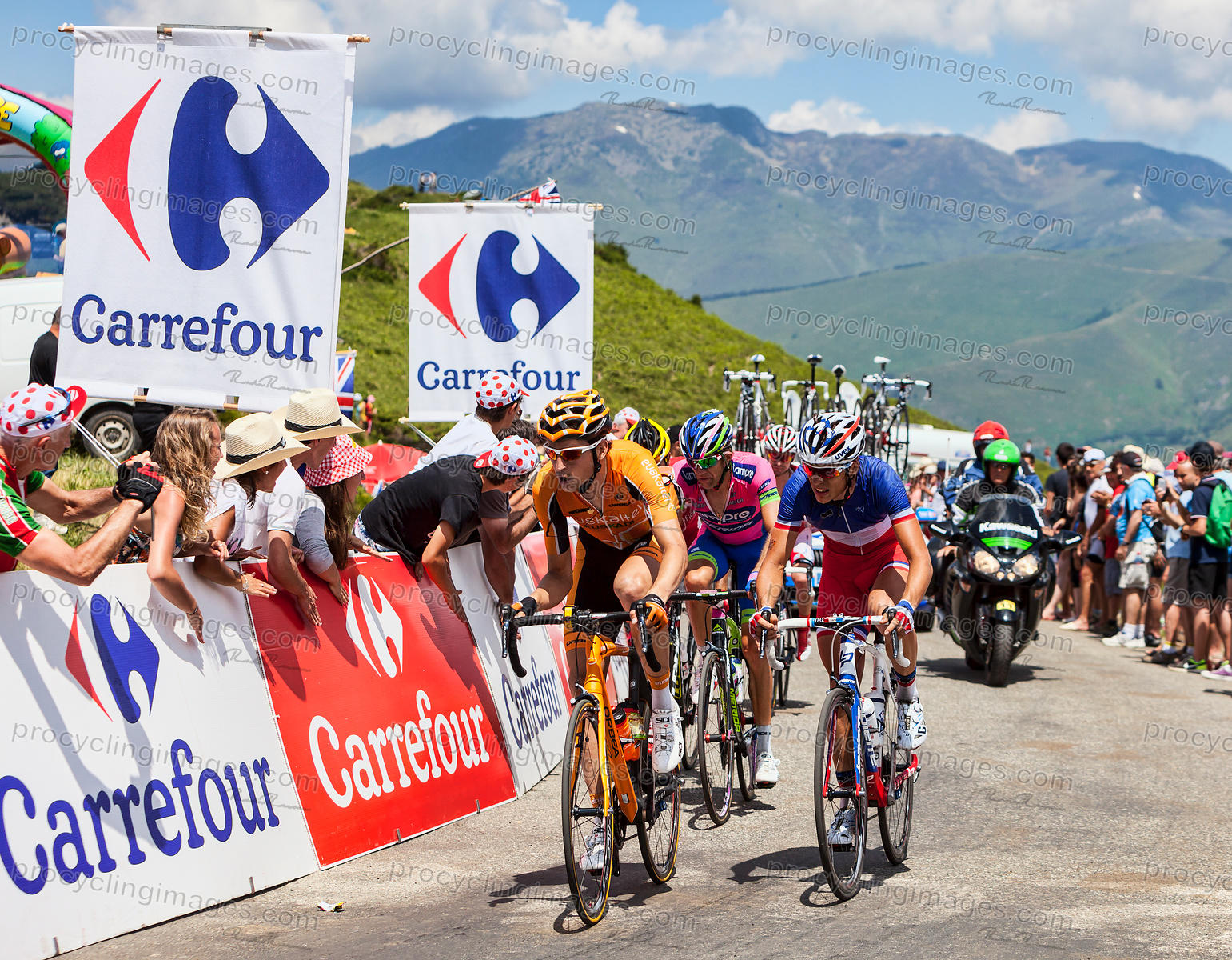 Cyclists on Col de Val Louron Azet - Tour de France 2013