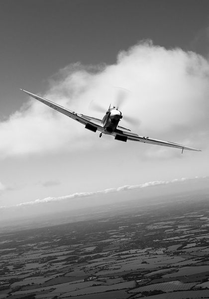 Spitfire poster vertical B&W version