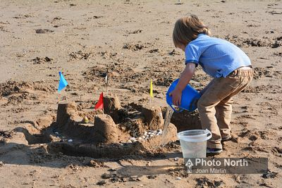 HEYSHAM 30C - Sandcastle building, Half Moon Bay