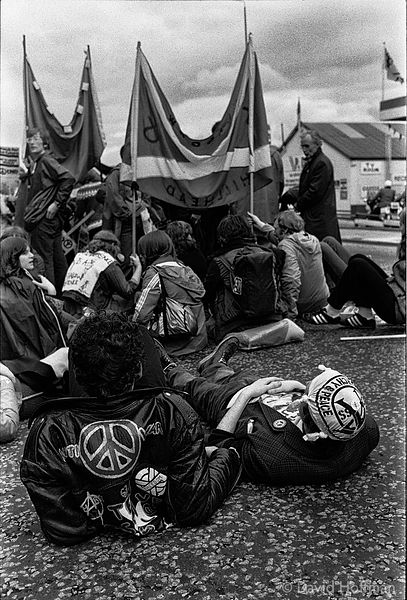 N80-19A CND March for the Future 1981