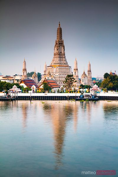 Sunrise over Wat Arun (Temple of Dawn), Bangkok