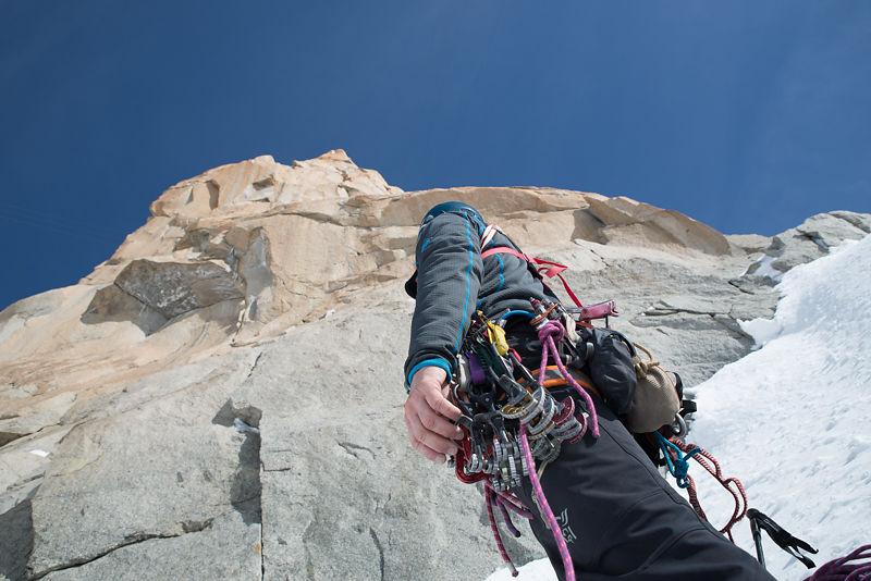 Stage escalade en Montagne : initiation aux grandes voies avec un guide