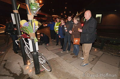 111118 Brian Dorling Vigil 07 Vigil following the death of cyclist Brian Dorling at the notoriously dangerous Bow Flyover rou...