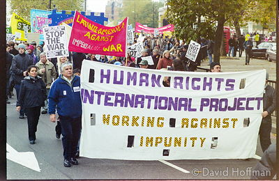 01111902-31 Peace march, London.19 Nov 2001