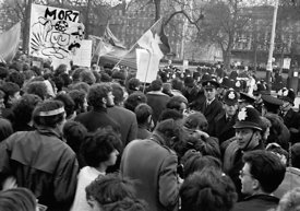 #70444,  Protestors enter Grosvenor Square and scuffles with police begin, anti-Vietnam war demonstration march from Trafalga...