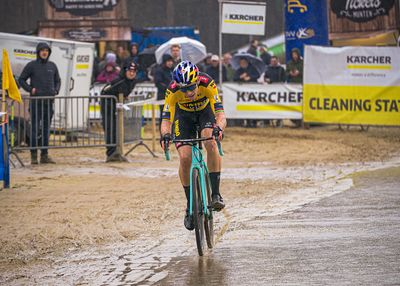 Krawatn cross - Lille 2020