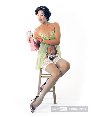 Fine Art Pinup II - Well hello, Kitty!