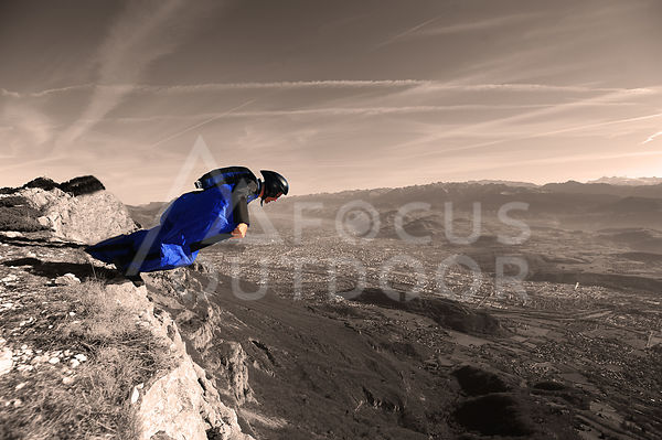 wingsuit-HD_focus-outdoor-0002