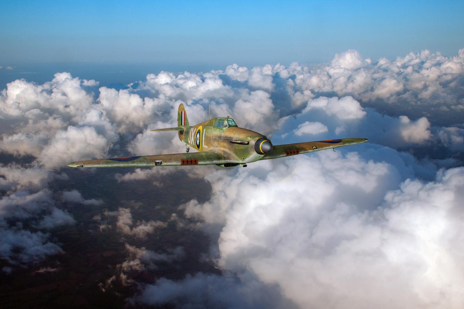 Hurricane JX-L in flight