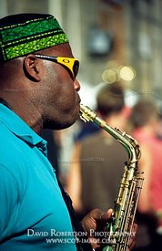 Image - Saxophone player, Edinburgh Festival, Scotland