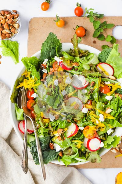 Salad with bright, fresh vegetables