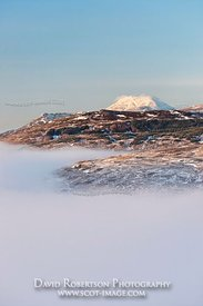 Image - View of Ben Lomond above mist