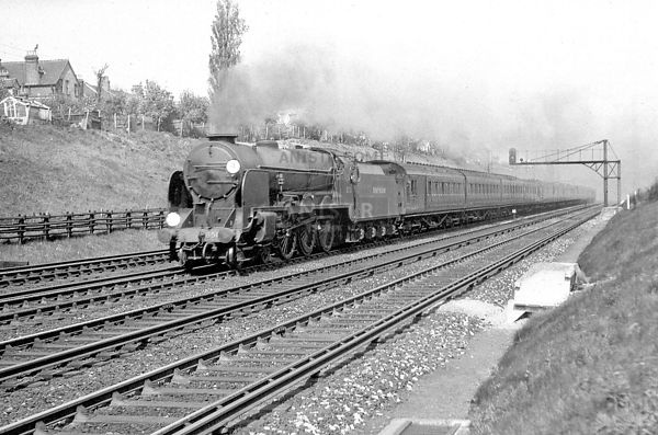 Steam loco LN 850 Earlsfield