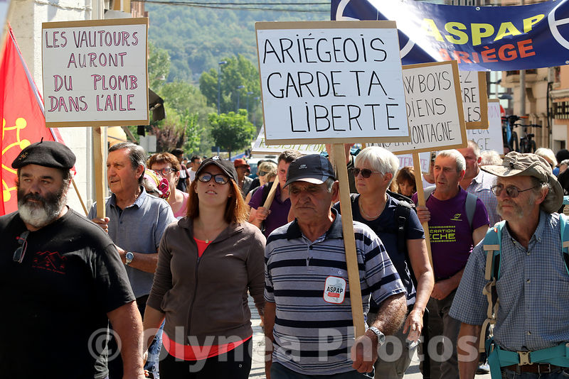Manifestation anti-ours et loups
