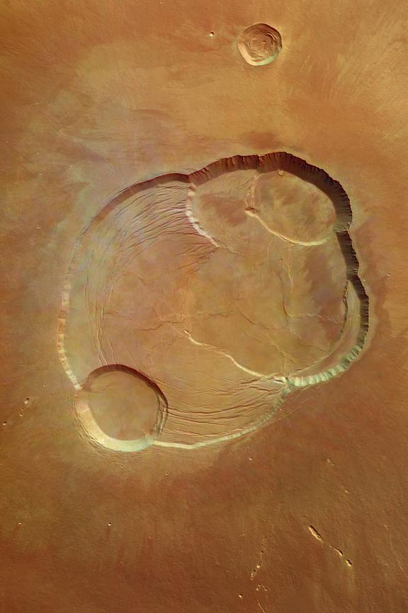 GA_-_Detail_of_the_complex_caldera_of_Olympus_Mons_pillars